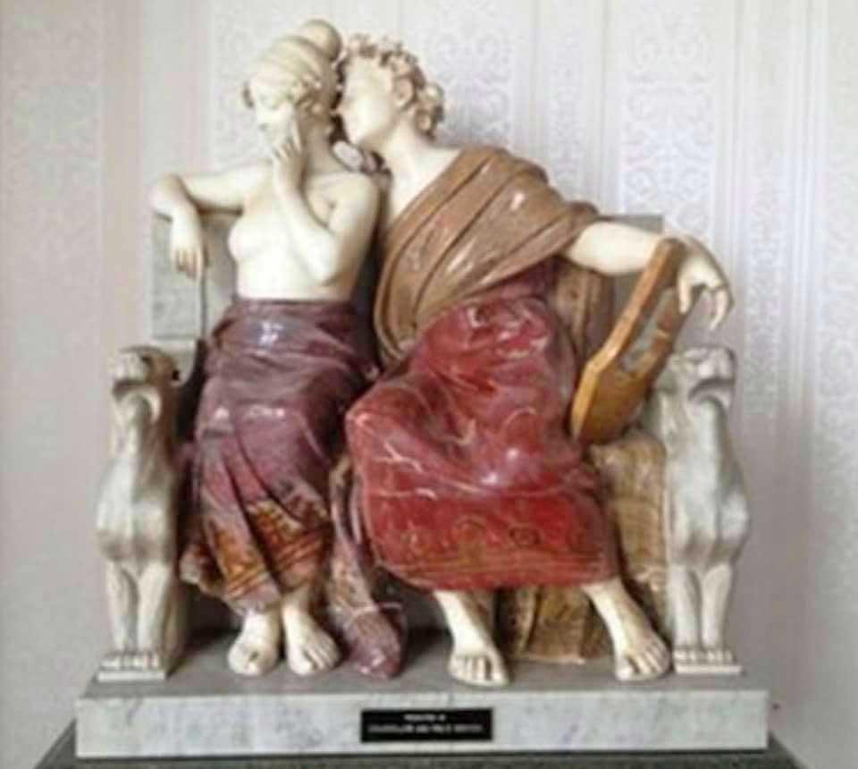 Orpheus & Eurydice - Italian vari-coloured marble of-a courting couple sculpted-around 1910 by Ferdinando Vichyi (1875-1941)